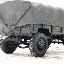 Автомобильный прицеп СМЗ-810