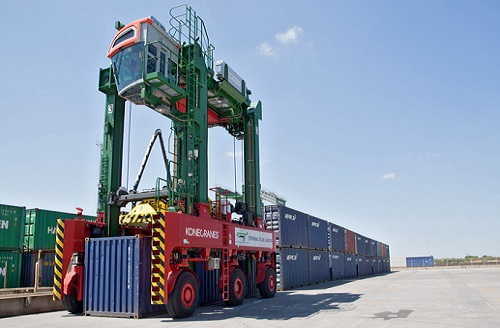 Портальный контейнеровоз