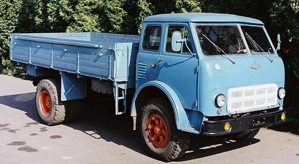 Самосвал МАЗ-500
