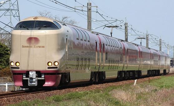 Ночной поезд Sunrise Express (Япония)